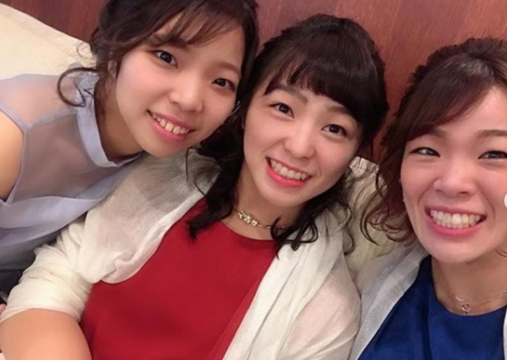 川井梨紗子と2人の妹