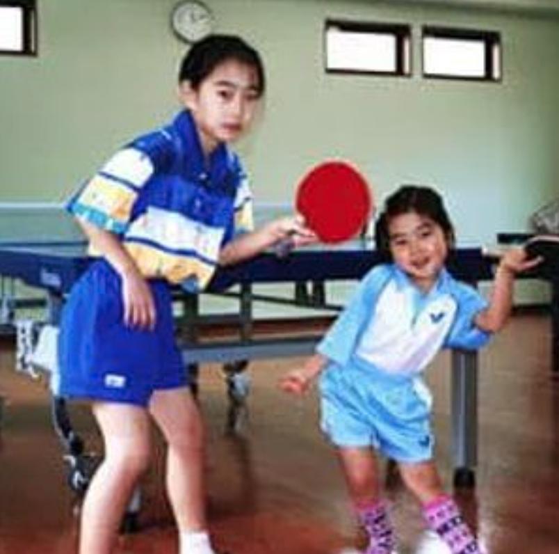 石川佳純の自宅の卓球場