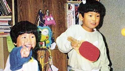 幼少期の水谷隼さんと兄・雄城さん