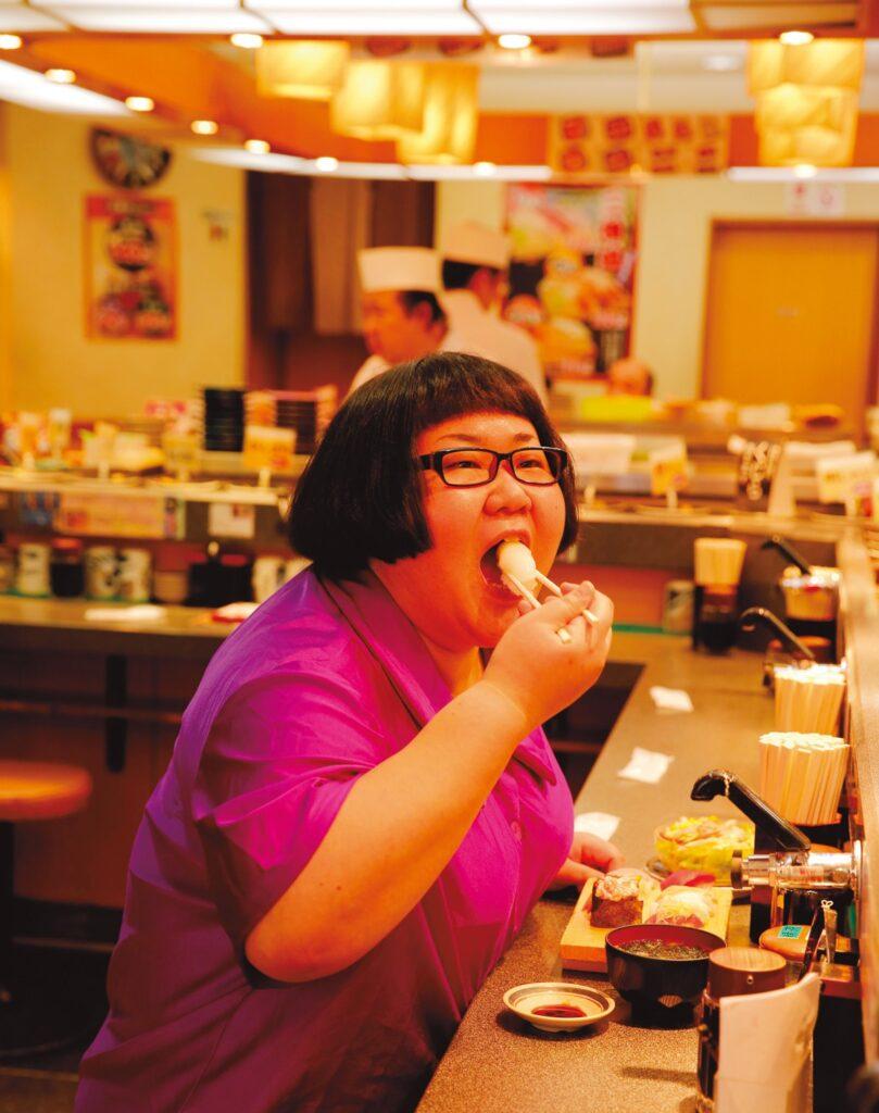 寿司が好物の安藤なつさん