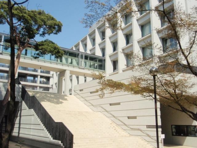 成城学園中学校